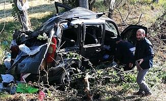 İki otomobil çarpıştı, 7 yaralı