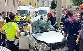 Kahramançavuş Caddesi'nde kaza, 3'ü çocuk 4 yaralı