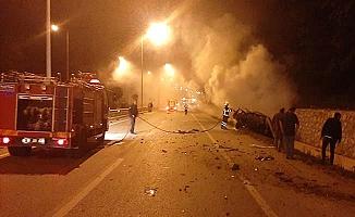 Cip yandı,  araç devrildi, faciadan saniyelerle dönüldü