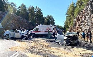 Çorumlu polis ve oğlu kazada hayatını kaybetti