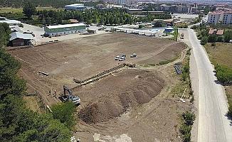 İki mahallede saha yapımı başladı