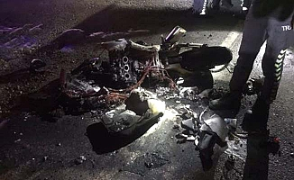 Traktörle motosiklet çarpıştı, 4 yaralı