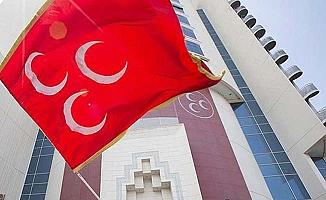 MHP il yönetiminden 3 isim  görevi bıraktı