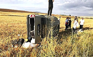 Otomobil metrelerce takla attı