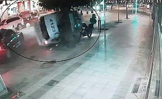 Polis otosunun yaptığı kaza kamerada