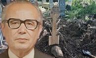 Doğum gününde kendi tasarımı mezar taşı ile gömüldü