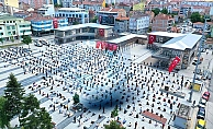 Yer Kadeş Meydanı: Cuma Namazı