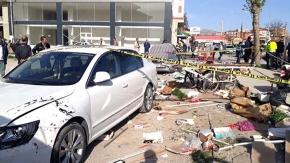 Şehir merkezinde feci kaza: 1 ölü, 2 yaralı