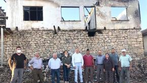 CHP Narlık#039;ta yangınzedelere gitti