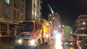 Çorum'da apartmanın çatısında yangın
