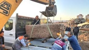 Belediye yol çalışmasında 2 bin yıllık lahit buldu