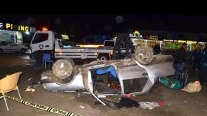 Araç takla attı, anne-oğul ölümden döndü
