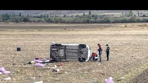 Çorum'da araç devrildi: 2 ölü, 3 yaralı