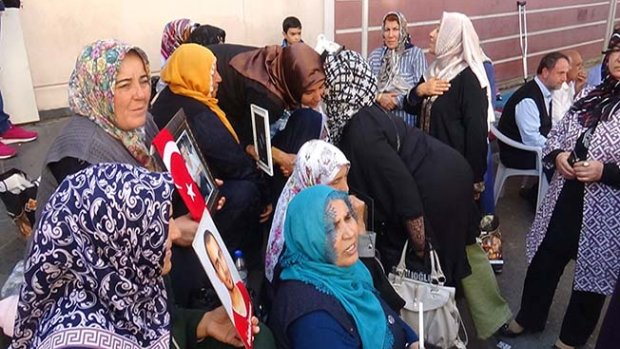 Çorum, Diyarbakır annelerinin yanında
