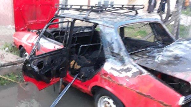Kaza yapan araca başka bir araç çarptı