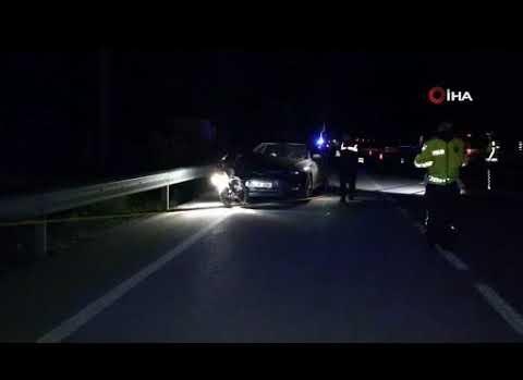 Motosiklet otomobile saplandı, 1 ölü