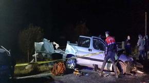 Düğün yolunda kaza: 4 ölü, 4 yaralı