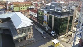 AK Parti'nin yeni binasında yıkım başladı