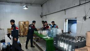 Süt fabrikasını kaçak içki tesisine çevirmişler