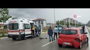 Zincirleme kaza, 2 sağlık çalışanı yaralandı